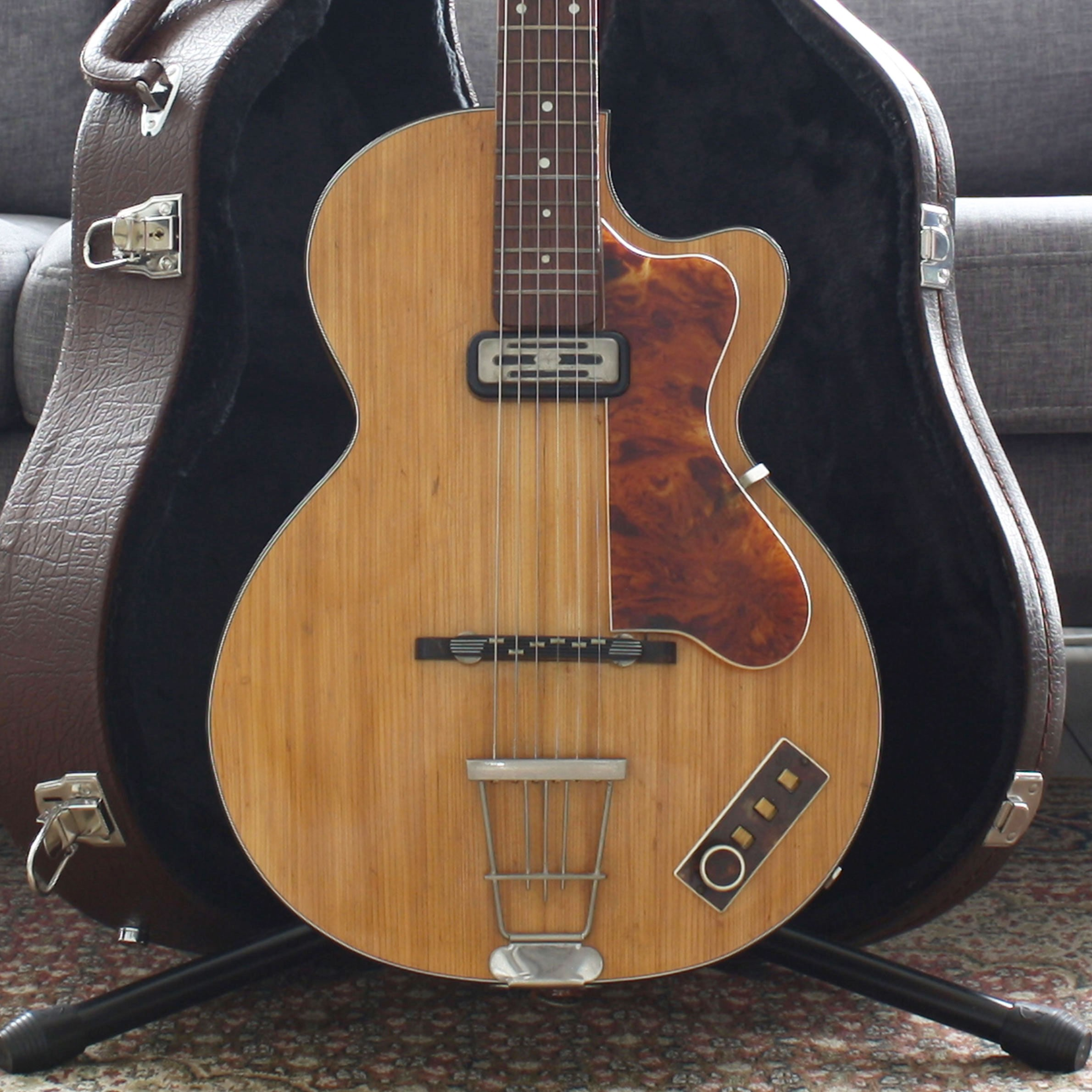 Betere Hofner Club 40 1961 - The Guitar Company GY-14